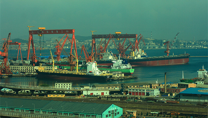 Opening up boosts investment to Port of Dalian