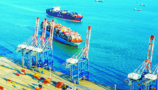 Xiamen port targets 20 million annual containers by
