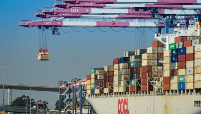 Volume decline slows at Port of Hong Kong