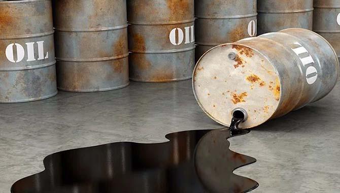 """原油市场连遭打击!美国近70年来""""首度"""