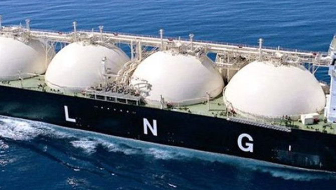 PetroChina buys one out of three LNG cargoes traded
