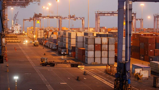 Some Indian ports declare force majeure, could dela