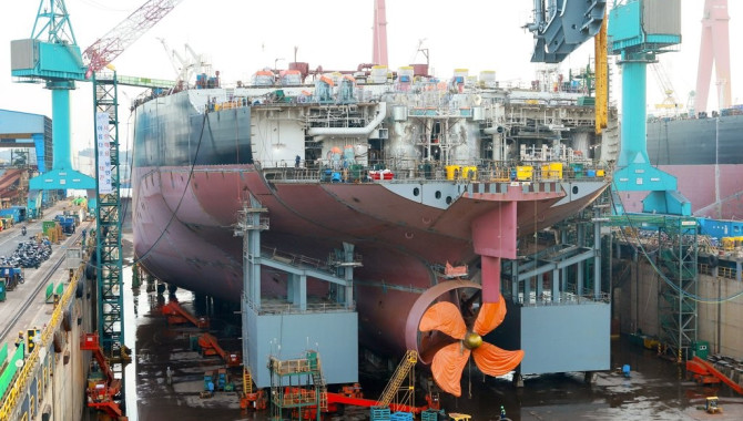 S.Korea lags behind China in April shipbuilding ord