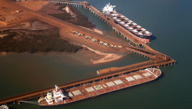 Iron ore arrivals at Chinese ports fell 280,000 mt
