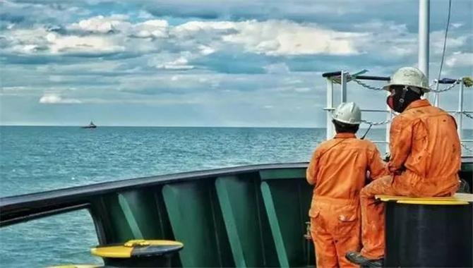 关于船员证书失效的案例探讨与研究